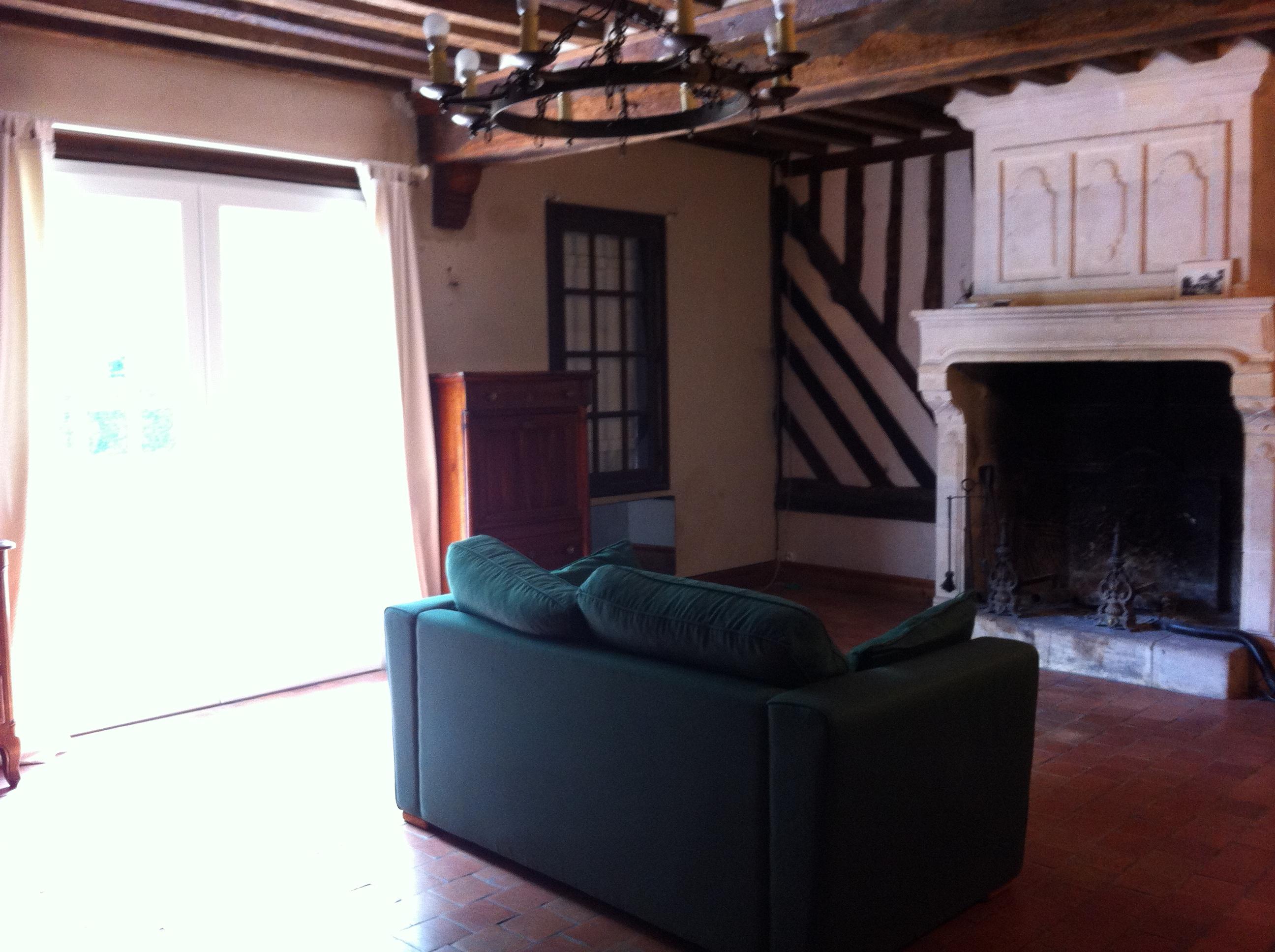 longere interieur intrieur de la longre longre parghelia. Black Bedroom Furniture Sets. Home Design Ideas